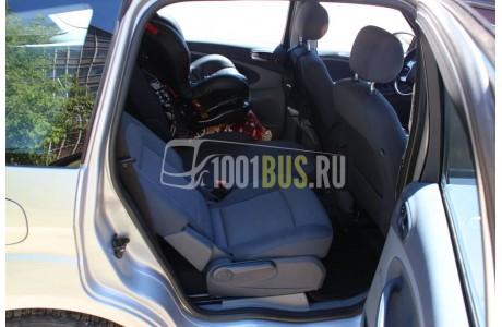 Аренда Минивэн Ford S-Max - фото сбоку