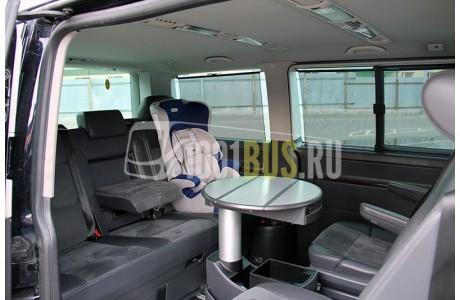 Аренда Минивэн Volkswagen Multivan - фото сбоку