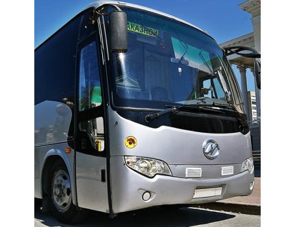 Аренда автобуса для дня рождения или юбилея: как не прогадать с прокатом