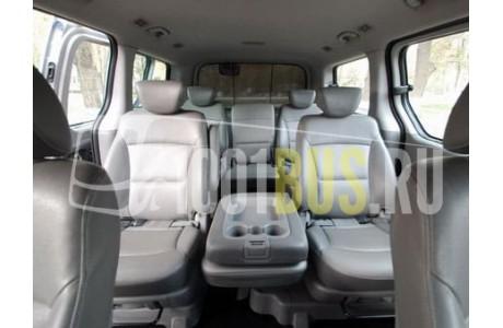 Аренда Минивэн Hyundai Grand Starex - фото сбоку