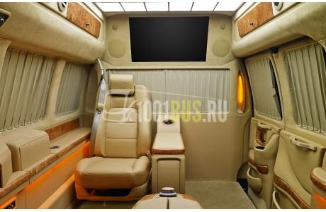 Аренда Минивэн Chevrolet Express - фото сбоку