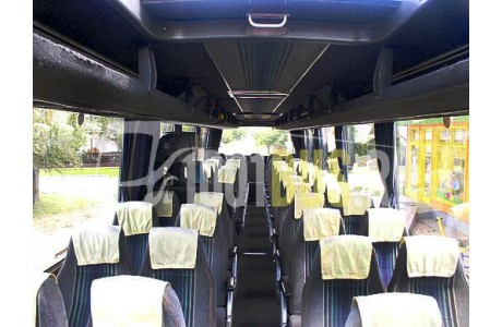 Аренда Автобус Volvo Trumpf Junior - фото сбоку